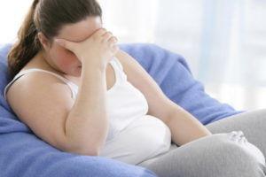 Люди имеющие лишний вес ощущают подавленность и угнетенность