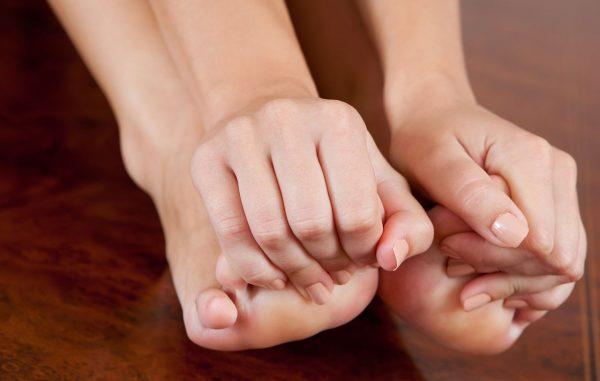 Пальцы ног немеют