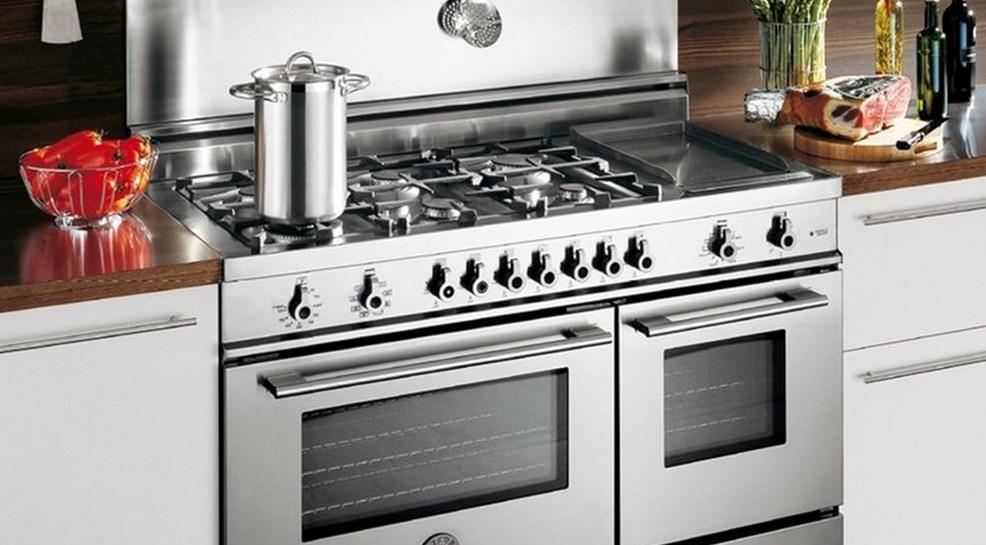 Як обирати кухонну техніку для дому: корисні поради